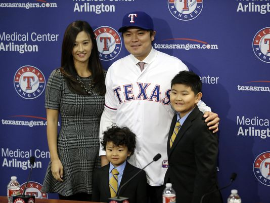 Sinn-Soo Choo could be the Rangers best hitter and Sandberg brought in Hollands to get him?