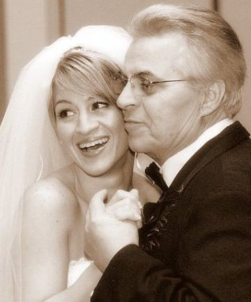 Pete with daughter Stephanie at her wedding.